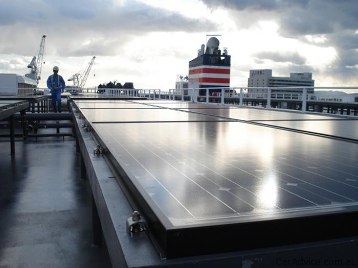 Солнечные батареи на борту «Auriga Leader», Фото: s3.caradvice.com.au