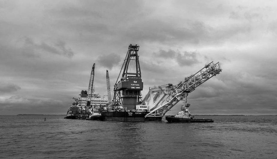 """Две нитки """"Северного потока – 2"""" в водах Дании планируют достроить до конца апреля"""