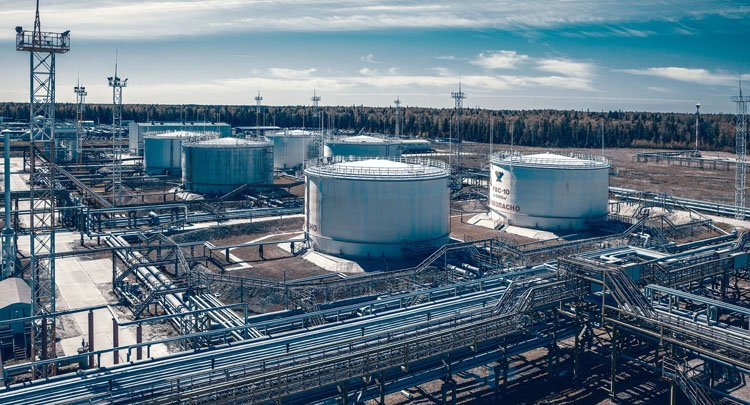 «Газпром» поставил Shell первую партию «зеленого» СПГ