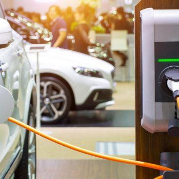 Открытие завода Tesla в России позитивно повлияет на развитие зарядной инфраструктуры