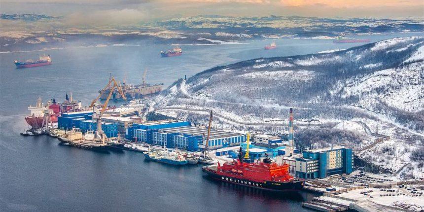 Только российские суда смогут перевозить уголь и углеводороды по Севморпути