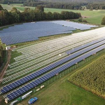 «Хевел» запустила первую солнечную электростанцию в Чечне