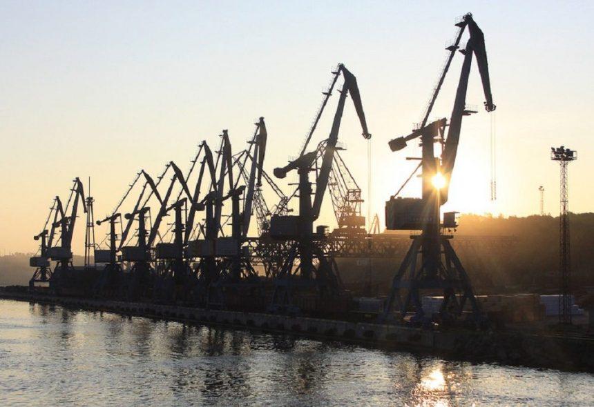 Защитные экраны от пыли в порту Ванино смонтируют в ближайшие несколько лет