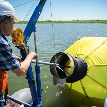 Российскую экотехнологию впервые применят для очистки дна моря от нефтепродуктов в Латвии