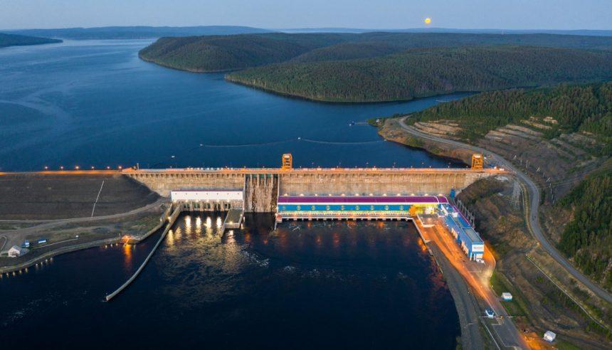 «Русгидро» в I полугодии уменьшила выработку электроэнергии на 6%, до 73,15 млрд кВт ч