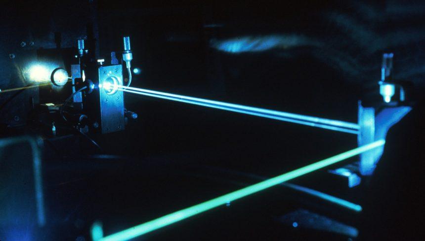 Росатом планирует войти в десятку производителей гражданских лазеров