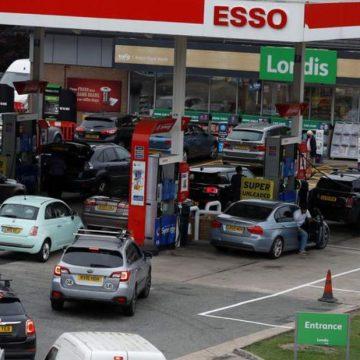 В Великобритании призвали провести расследование причин топливного кризиса в стране