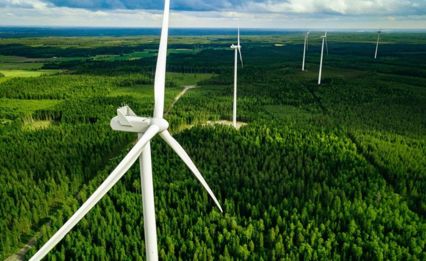 «Зеленая» энергетика будет способствовать снижению цен на энергию в Евросоюзе, полагает ЕК